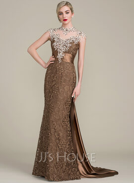 Trumpet/Mermaid Scoop Neck Watteau Train Lace Mother of the Bride Dress With Beading Sequins (008102700)