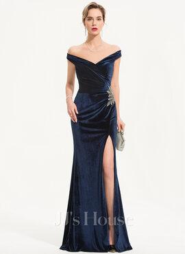 Sheath/Column Off-the-Shoulder Floor-Length Velvet Evening Dress With Beading Split Front (017186136)