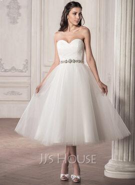 A-Line/Princess Sweetheart Tea-Length Tulle Wedding Dress With Ruffle Beading Sequins (002058769)
