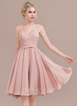 A-Line V-neck Knee-Length Chiffon Lace Homecoming Dress With Bow(s) (022125051)
