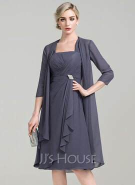 A-Line Square Neckline Knee-Length Chiffon Mother of the Bride Dress With Crystal Brooch Cascading Ruffles (008085309)