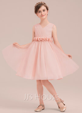 A-Line/Princess Knee-length Flower Girl Dress - Tulle Sleeveless V-neck With Flower(s) (010143240)