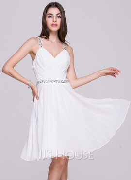 A-Line/Princess V-neck Knee-Length Chiffon Homecoming Dress With Ruffle Beading Sequins (022068065)