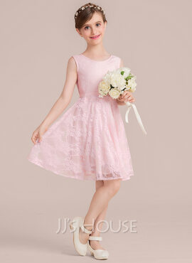 A-Line Scoop Neck Knee-Length Lace Junior Bridesmaid Dress With Sash Bow(s) (009130504)