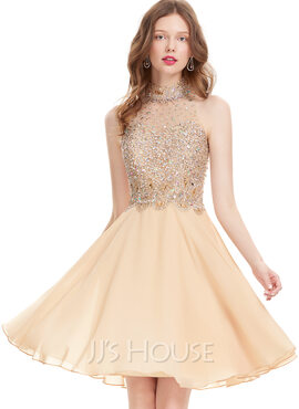 A-Line Scoop Neck Knee-Length Chiffon Homecoming Dress With Beading Sequins (022127969)