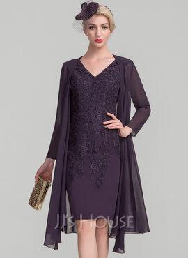 Sheath/Column V-neck Knee-Length Lace Mother of the Bride Dress (008114244)