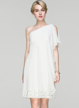 Sheath/Column One-Shoulder Knee-Length Chiffon Cocktail Dress With Ruffle (016094382)