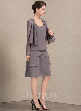 A-Line Square Neckline Knee-Length Chiffon Mother of the Bride Dress With Beading Sequins (008143351)
