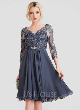 A-Line/Princess V-neck Knee-Length Chiffon Cocktail Dress With Beading (016150446)