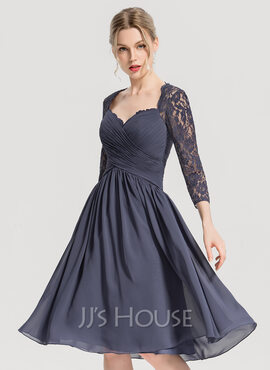 A-Line Sweetheart Knee-Length Chiffon Cocktail Dress With Ruffle (016154244)