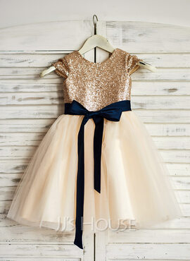 A-Line Knee-length Flower Girl Dress - Tulle/Sequined Sleeveless Scoop Neck With Sash (010090333)