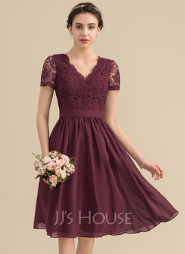 A-Line V-neck Knee-Length Chiffon Lace Bridesmaid Dress (007153321)