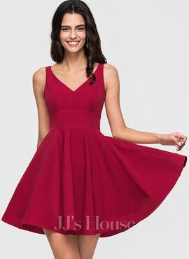 A-Line/Princess V-neck Short/Mini Stretch Crepe Homecoming Dress (022164890)