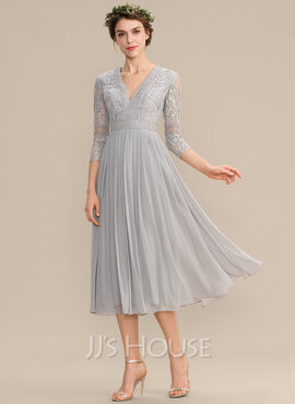 A-Line V-neck Tea-Length Chiffon Lace Bridesmaid Dress With Pleated (007176760)