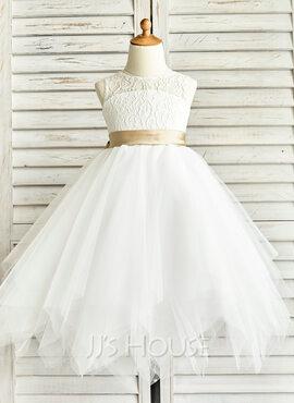 A-Line Scoop Neck Tea-Length Tulle Junior Bridesmaid Dress With Sash (009126276)