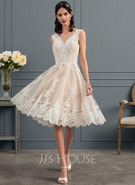 A-Line V-neck Knee-Length Tulle Lace Wedding Dress (002153436)