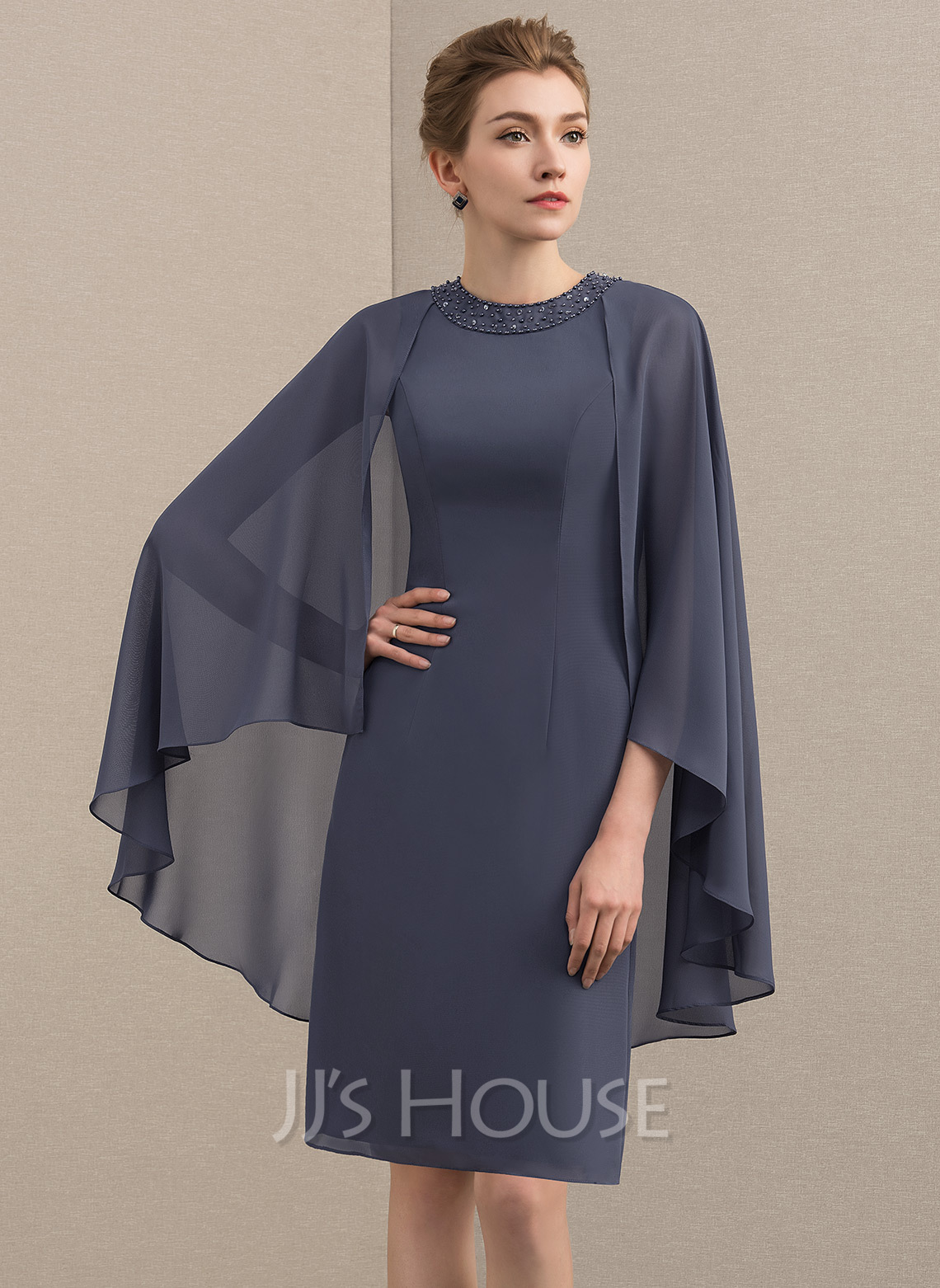 Sheath/Column Scoop Neck Knee-Length Chiffon Mother of the Bride Dress With Beading Sequins