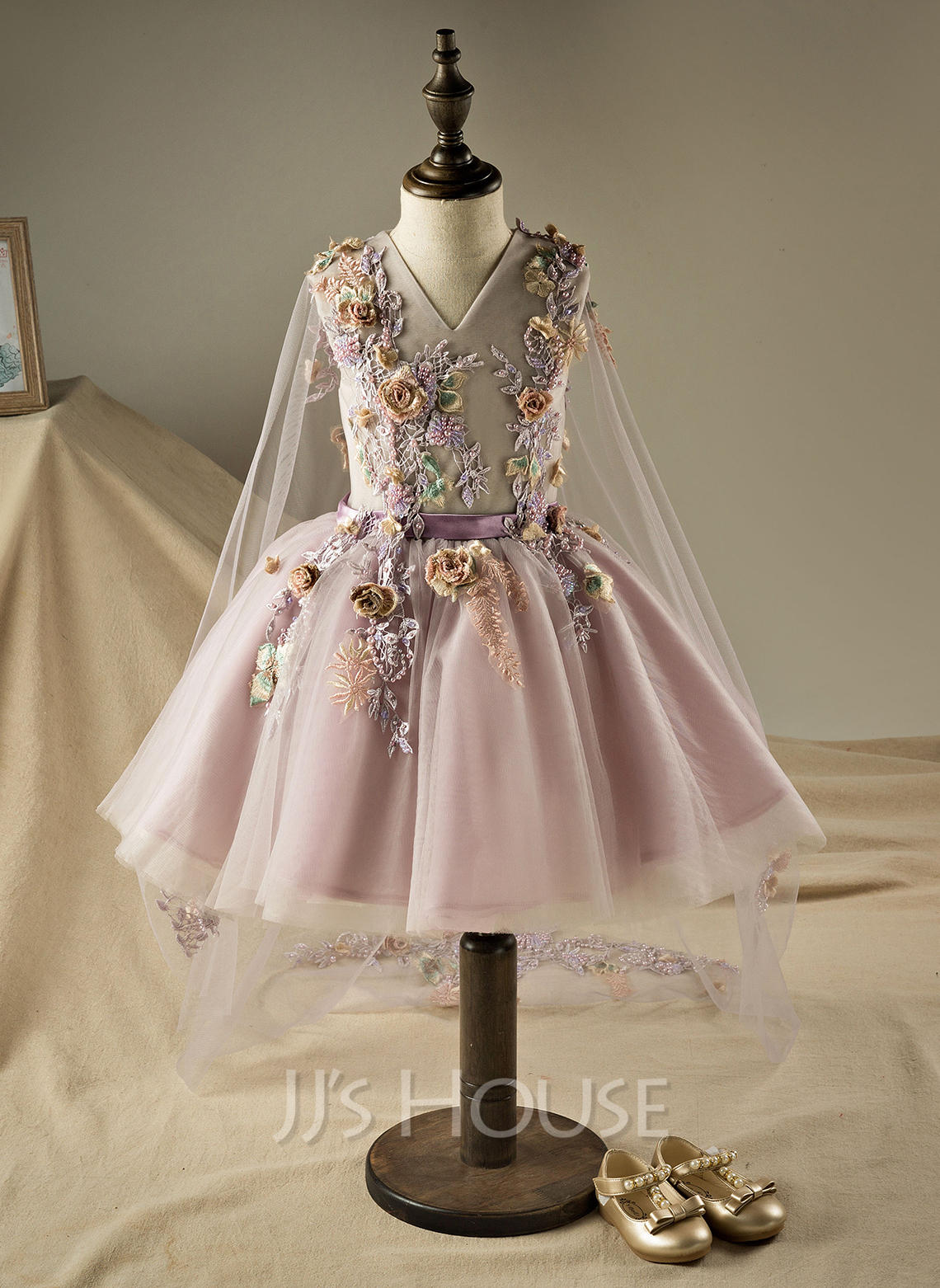 A-Line Knee-length Flower Girl Dress - Organza/Tulle Sleeveless V-neck With Beading/Flower(s)/Sequins