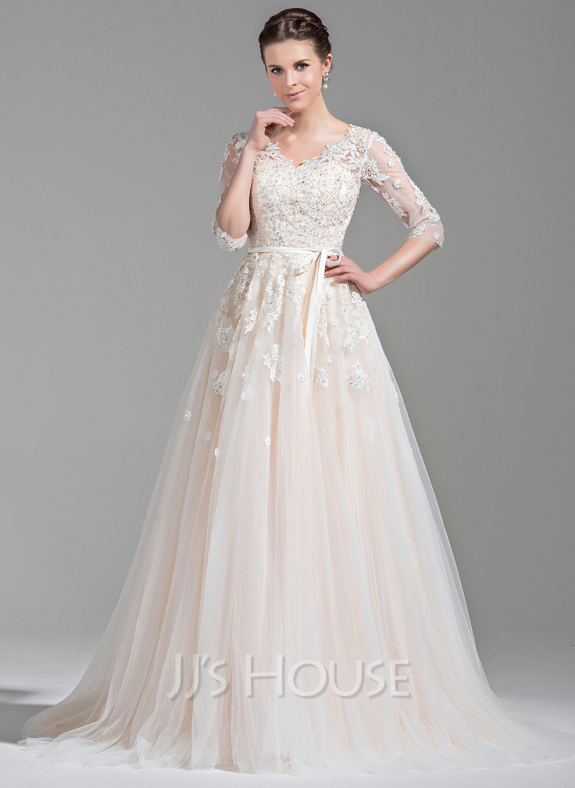 Ball-Gown V-neck Court Train Tulle Wedding Dress With Beading Appliques Lace Sequins Bow(s)
