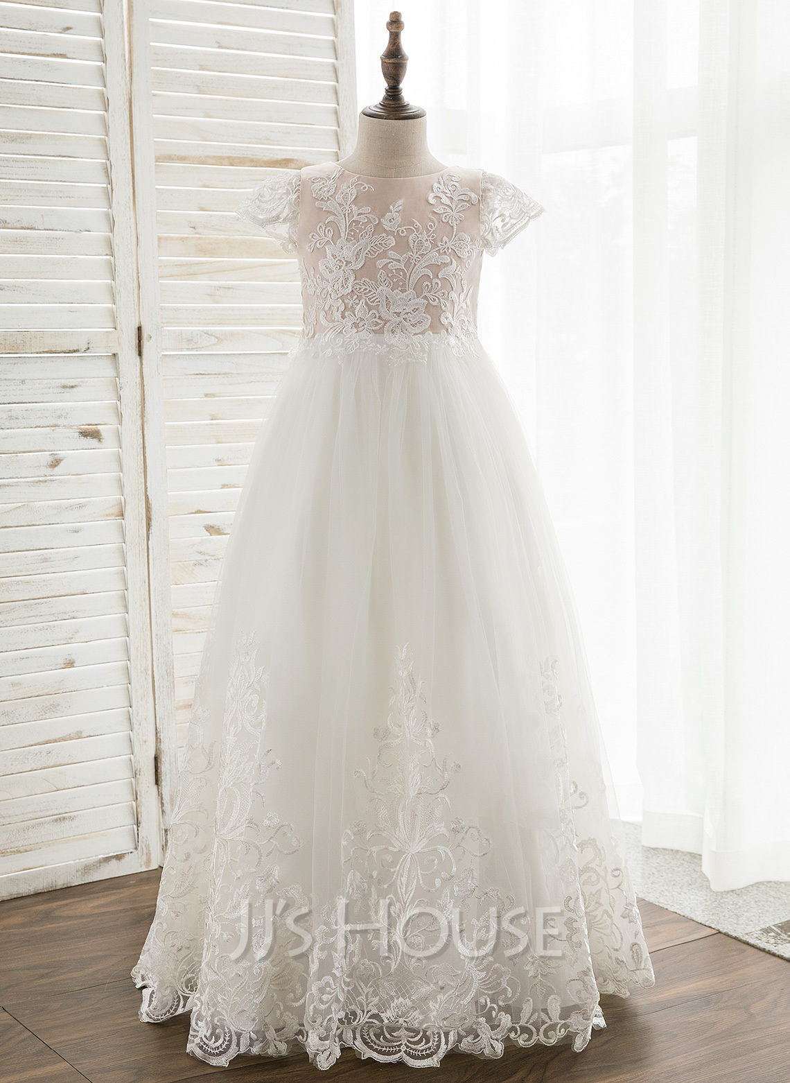 A-Line Floor-length Flower Girl Dress - Tulle/Lace Short Sleeves Scoop Neck