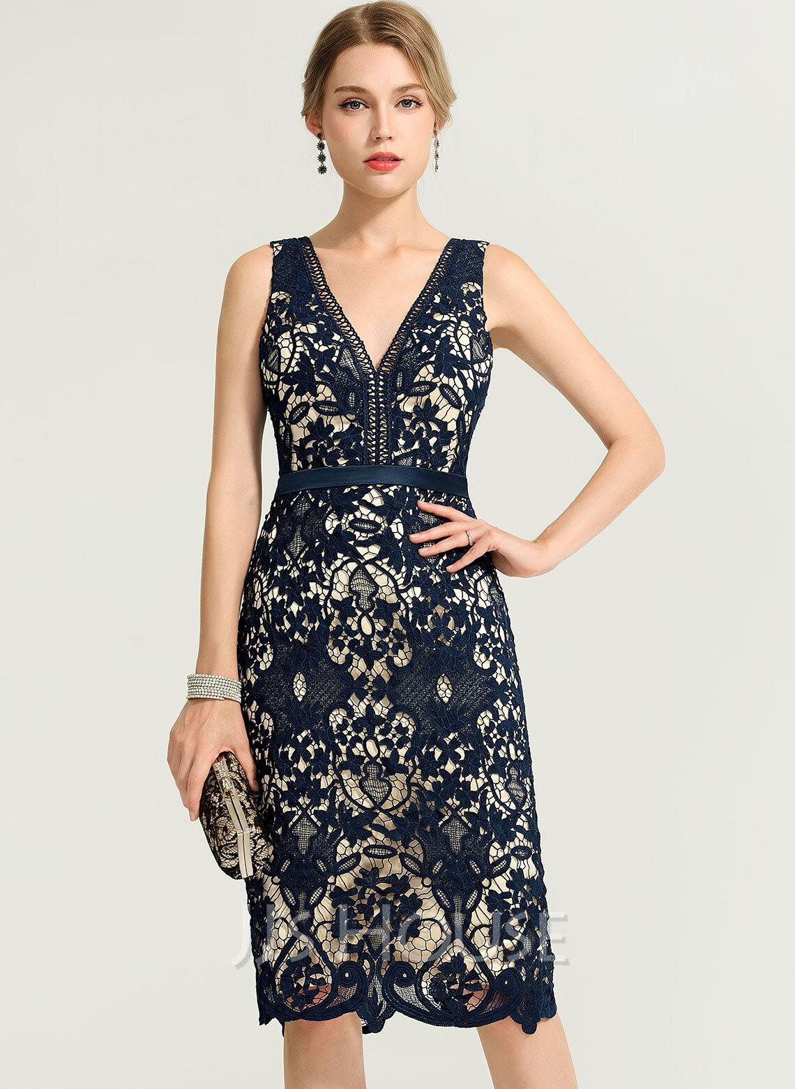 Sheath/Column V-neck Knee-Length Lace Cocktail Dress
