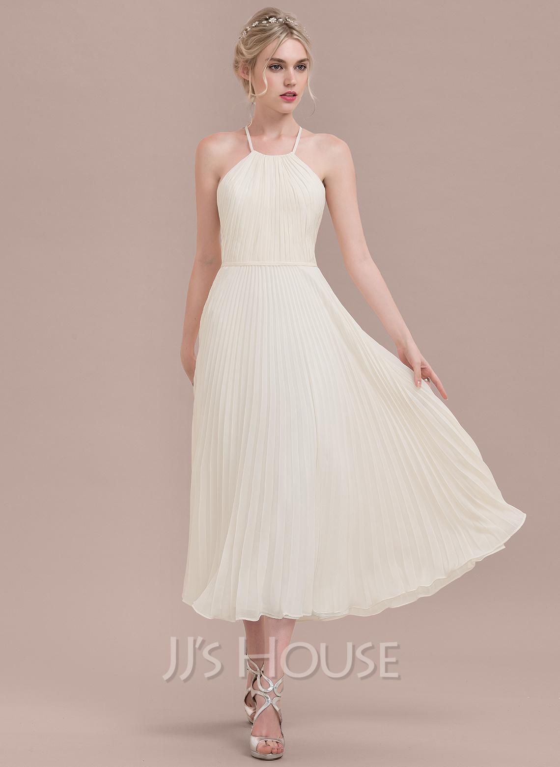 A-Line/Princess Scoop Neck Tea-Length Chiffon Bridesmaid Dress With Pleated