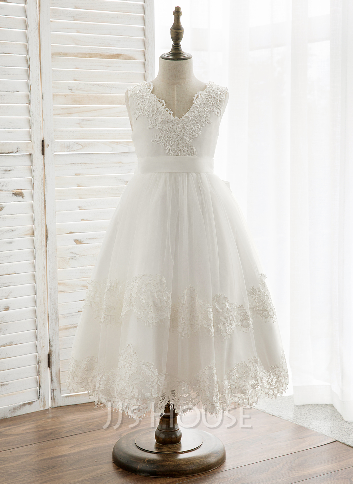 A-Line Tea-length Flower Girl Dress - Tulle/Lace Sleeveless V-neck With Bow(s)/V Back
