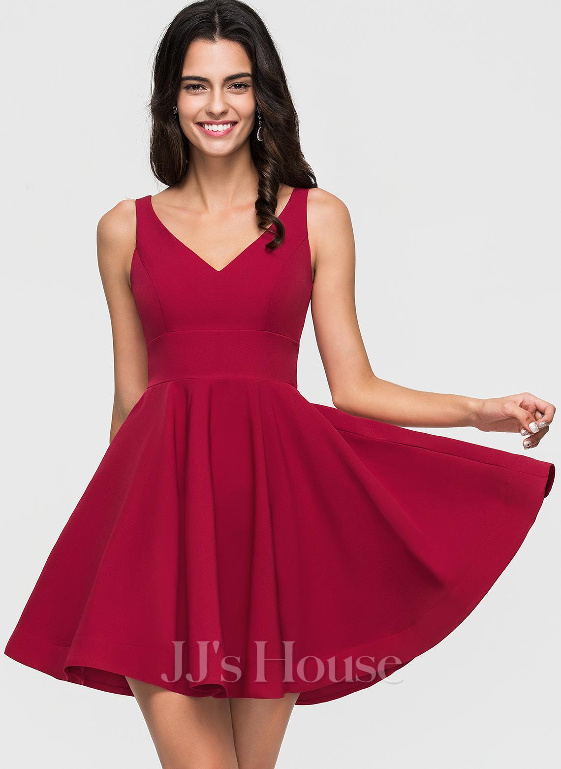A-Line/Princess V-neck Short/Mini Stretch Crepe Homecoming Dress