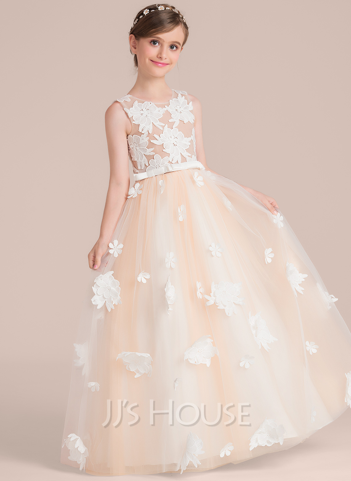 Ball-Gown/Princess Scoop Neck Floor-Length Tulle Junior Bridesmaid Dress With Flower(s) Bow(s)
