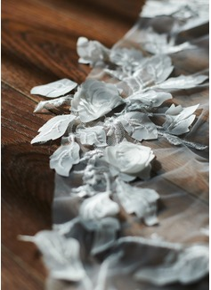 sweetheart neckline halter wedding dress