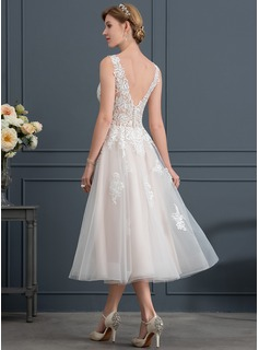 A-Line/Princess V-neck Tea-Length Tulle Wedding Dress