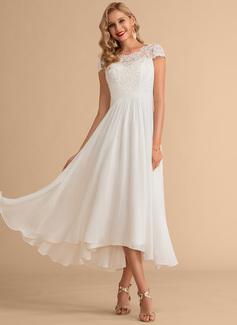 simple outdoor wedding dress