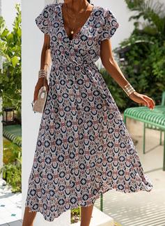 Trykk A-line kjole V-hals Cap-erme Midi Avslappet skater Motekjoler