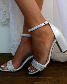 Kvinner Patentert Lær Sandaler med Rhinestone Perle