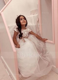white long sleeve dresses formal