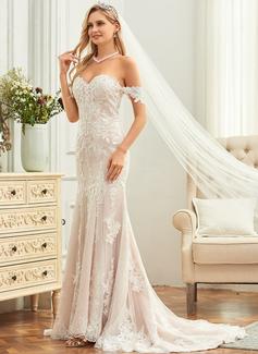 short wedding dress with sleevs