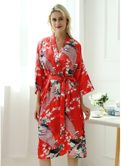 bridesmaid robes floral
