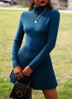 Høyhalser Lange ermer Solid Avslappet Lang Gensere kjoler