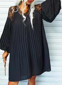 Blonder Solid Skiftekjoler V-hals Lange ermer Midi Elegant Lille svarte Tunika Motekjoler