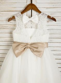 long sleeve basic wedding dress