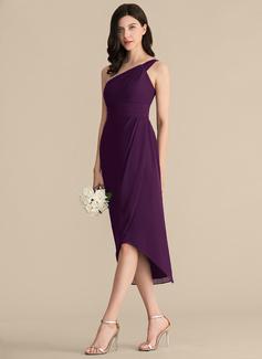 black sleeveless dress plus size