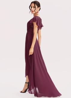 A-Formet V-hals Asymmetrisk Cocktailkjole med Blonder Brusende Volanger