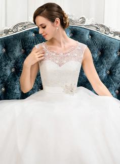 backless lightweight wedding dress