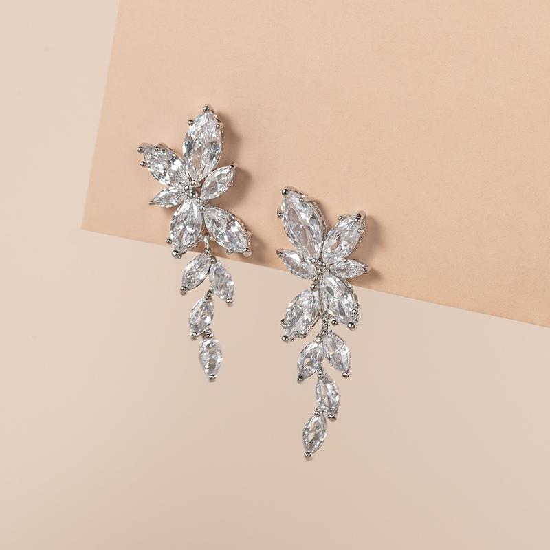 Ladies' Elegant Zircon Earrings For Bride/For Bridesmaid/For Mother