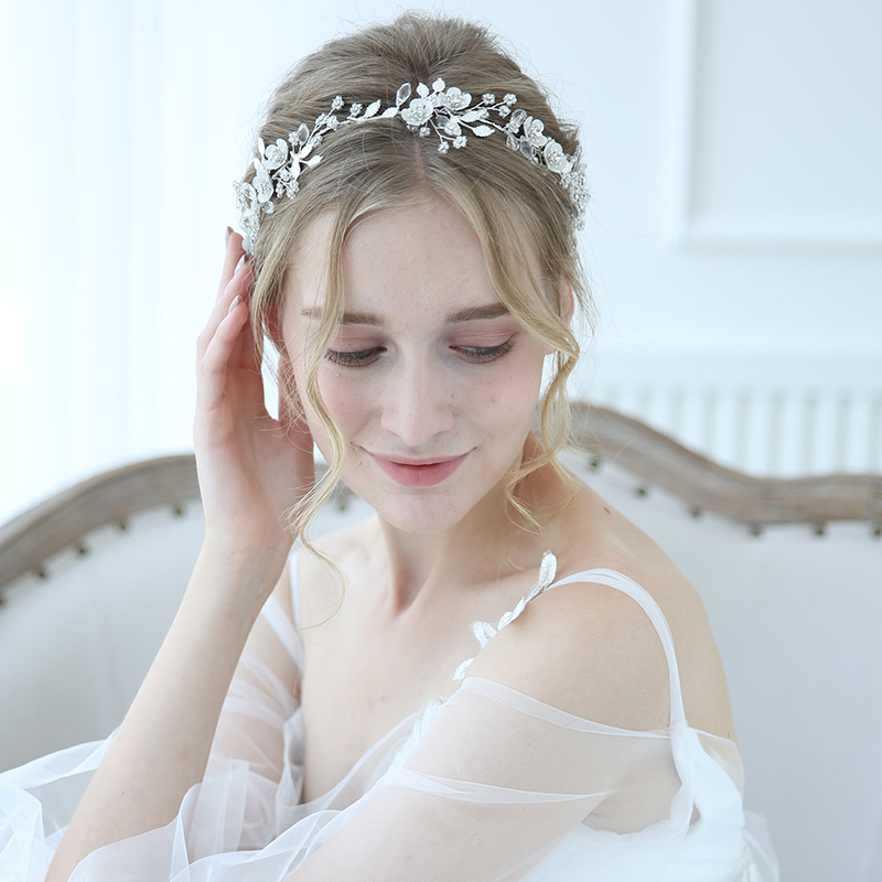 Elegant Alloy Headbands With Rhinestone/Crystal (Sold in single piece)
