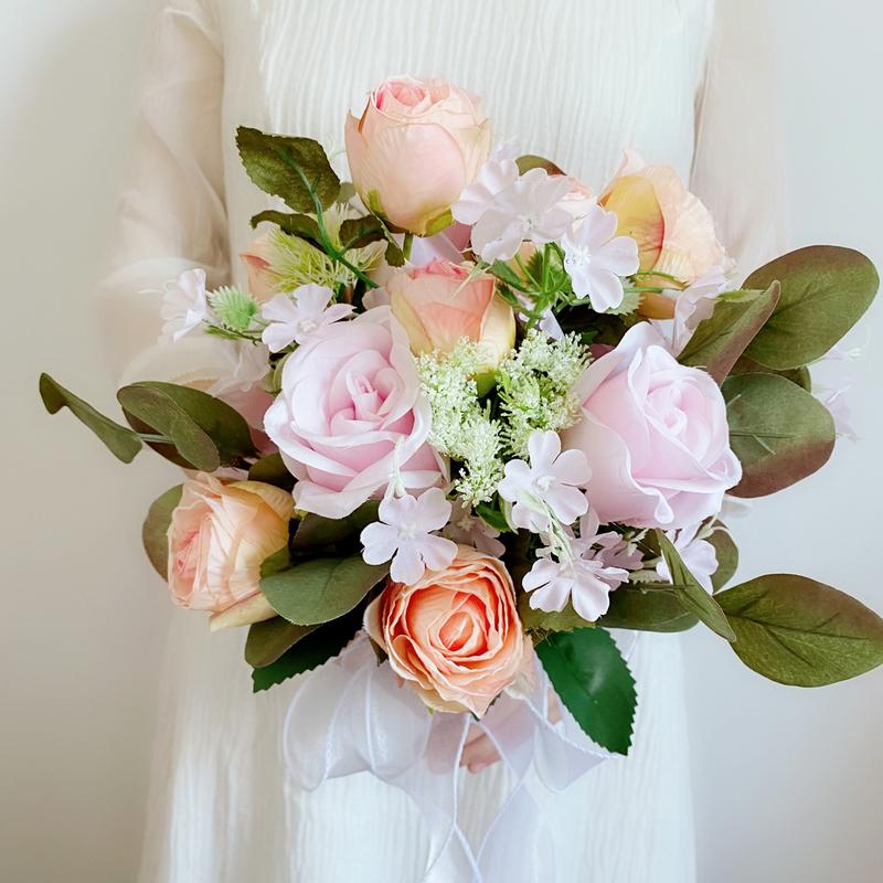 Klassisk stil Hånd Bundet Satin/Silke blomst Brude Buketter (som selges i et enkelt stykke) - Brude Buketter