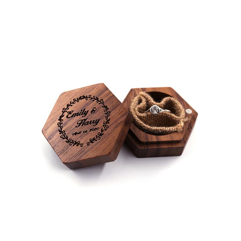 Groom Gaver - Personlig Elegant Vintage Stil Tre Ring Boks
