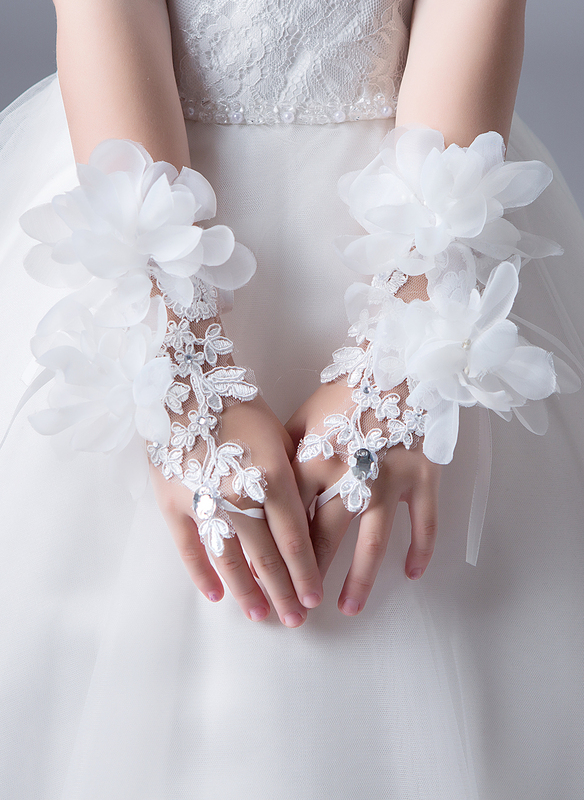 Lace With Crystal/Flower Wrist Length Glove
