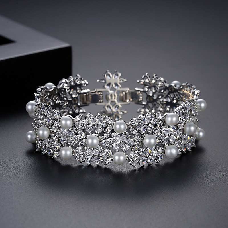 Nydelig Legering/Rhinestones Perle Armbånd