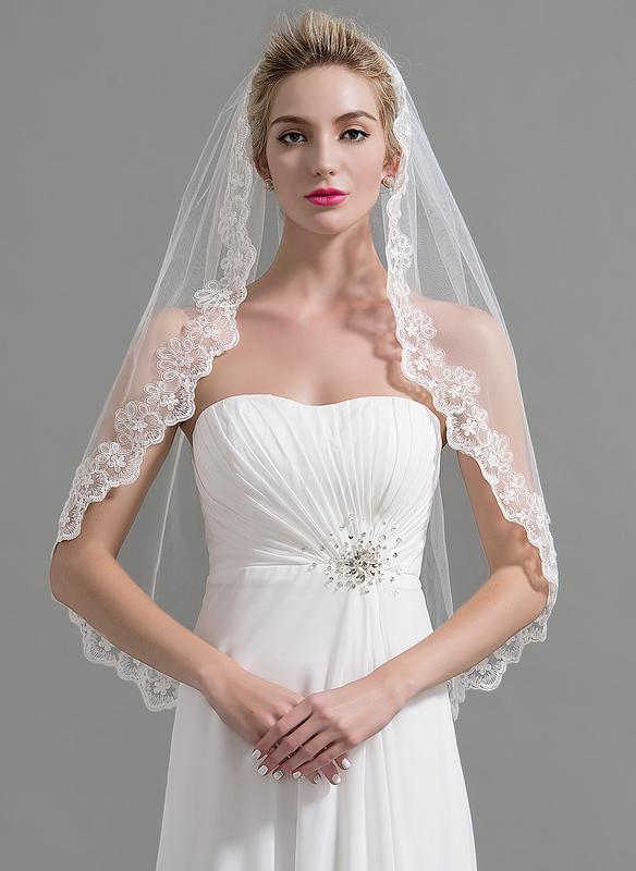 One-tier Lace Applique Edge Fingertip Bridal Veils With Applique/Lace